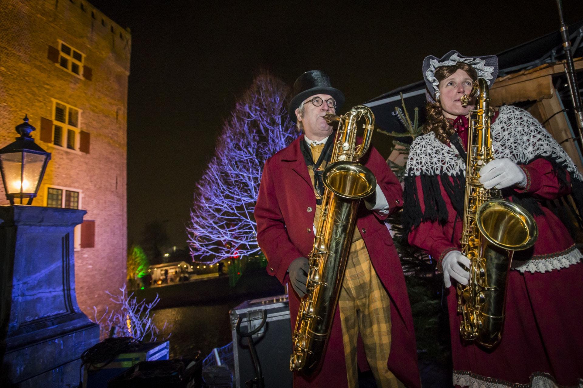 Kerstmarkt overzicht Slot Assumburg Noord Holland